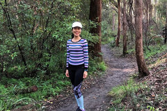Vietnamese woman in Australia walks to raise funds for children