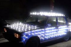 Dân chơi Nga lắp 300 bóng đèn pha LED phủ kín xe Lada