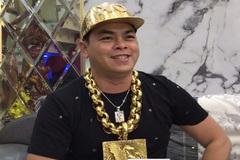Phúc XO, kẻ nổi danh nhờ đeo nhiều vàng hầu tòa