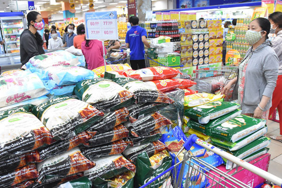 Vietnamese enterprises encouraged to focus on home market