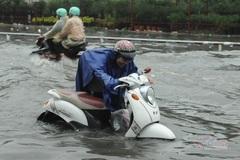 Dự báo thời tiết 16/6, Hà Nội dịu mát, tiếp tục mưa về đêm và sáng