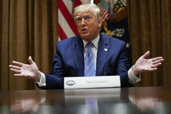Ông Trump tuyên bố rút nửa số quân đồn trú tại Đức