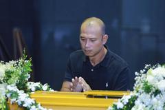 MC Long Vũ cùng nhiều đồng nghiệp tiễn đưa MC Diệu Linh