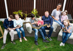 Gia đình sống chung với 81 loài động vật hoang dã