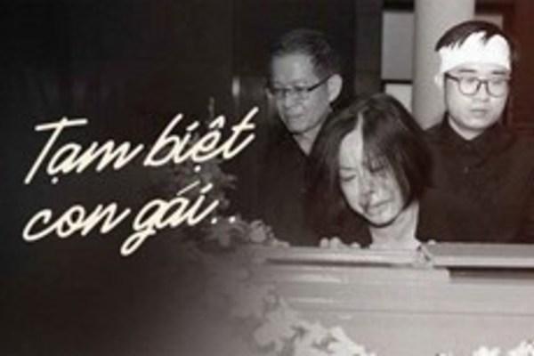 Những hình ảnh vô cùng xúc động của mẹ cố MC Diệu Linh bên di quan con gái: Trái tim người mẹ đau đớn tận cùng khi con ra đi chưa tròn 30 tuổi