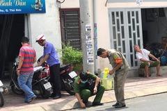 Người đàn bà bị nhân tình trẻ đâm nhiều nhát trên phố Sài Gòn
