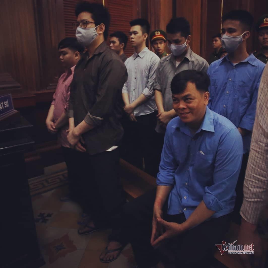 Anh em Phúc XO bị đề nghị gần 20 năm tù