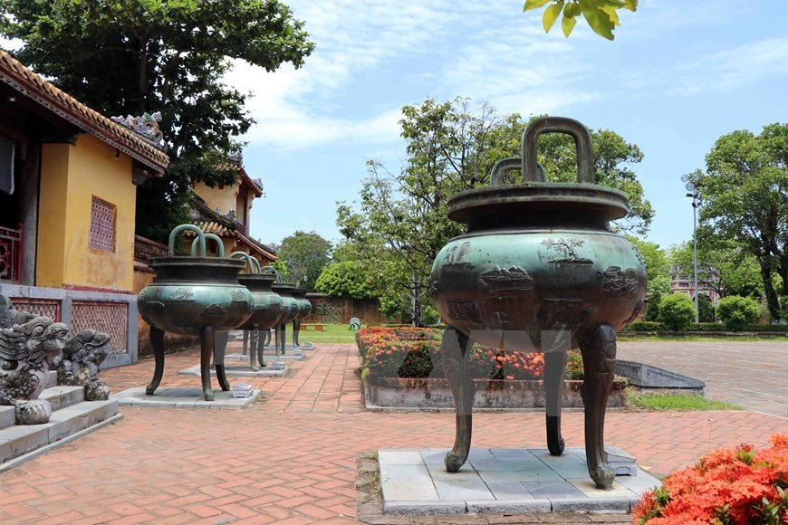 Nine tripod cauldrons of Nguyen dynasty