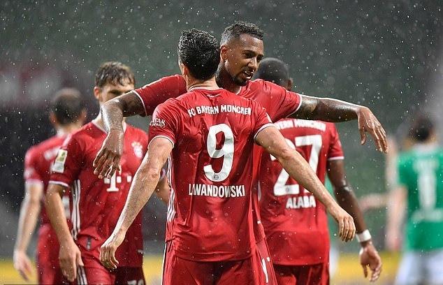 Lewandowski giúp Bayern lần thứ 8 liên tiếp vô địch Bundesliga