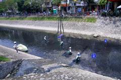 Sở Xây dựng Hà Nội và doanh nghiệp cùng lên tiếng về xử lý nước sông Tô Lịch