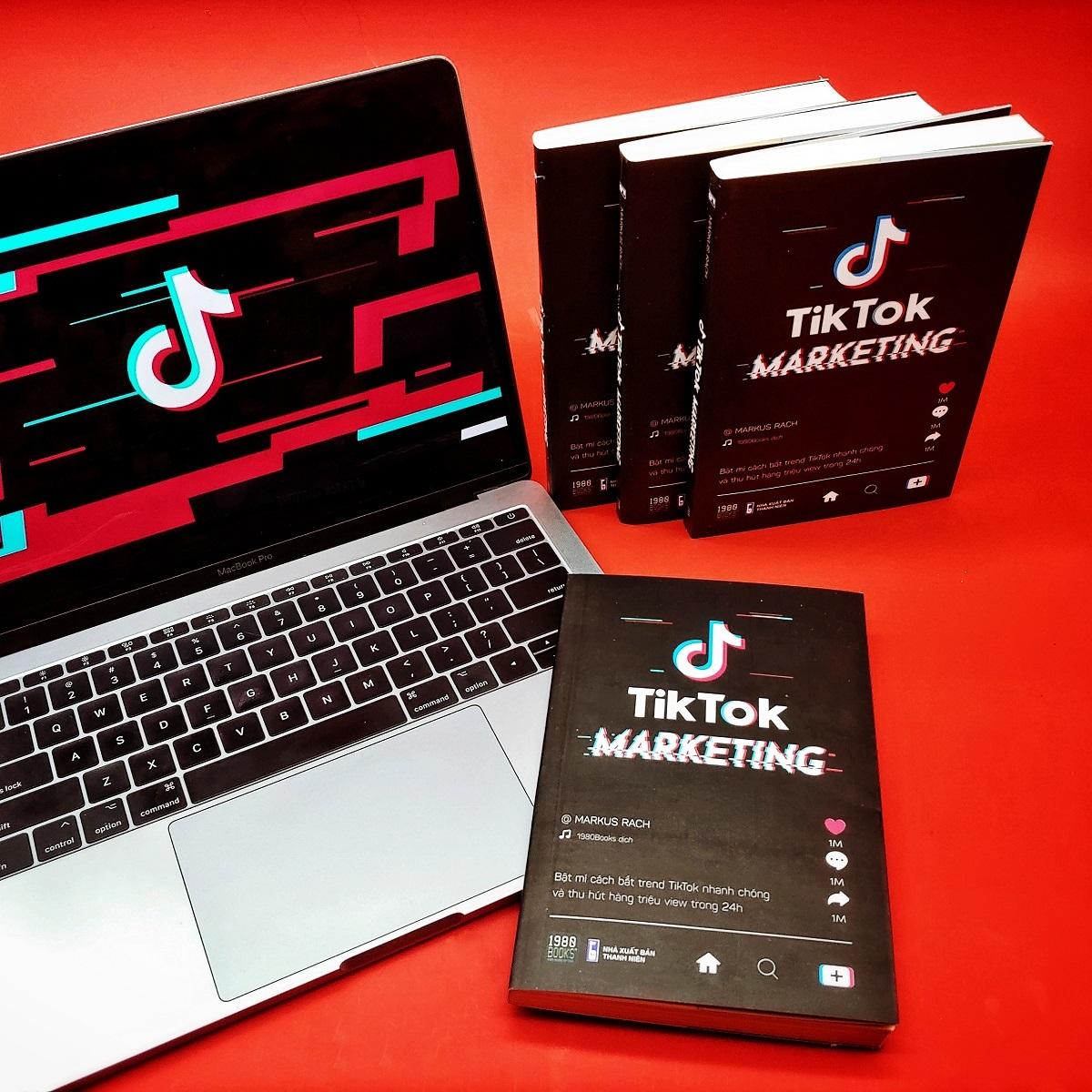 Cuốn sách đầu tiên tại Việt Nam về Tiktok
