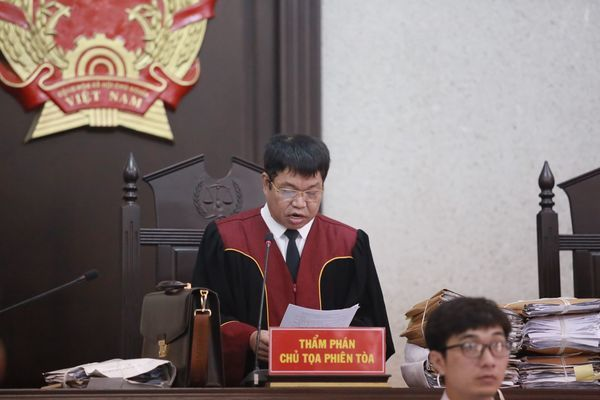 Tòa tuyên tử hình sáu  bị cáo trong vụ nữ sinh giao gà ở Điện Biên