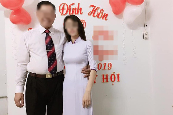 Xôn xao câu chuyện thầy giáo 53 tuổi cưới học trò 21 tuổi: Đối mặt với án kỷ luật vì tự ý bỏ dạy 1 tuần