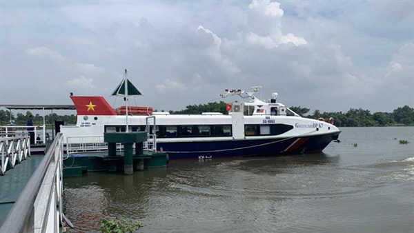 High-speed boats to connect HCM City, Binh Duong