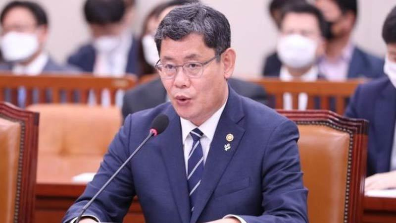 Bình Nhưỡng tung ảnh phá văn phòng liên lạc liên Triều, Bộ trưởng Thống nhất Hàn từ chức