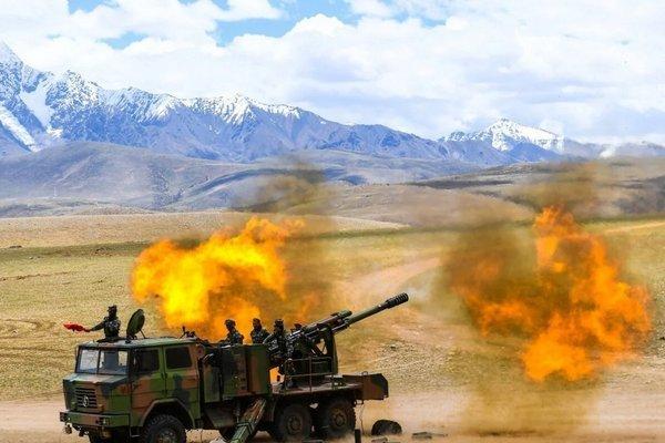 Trung Quốc tập trận bắn đạn thật giữa lúc căng thẳng với Ấn Độ