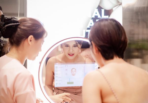 Chuỗi chăm sóc da và sức khỏe dành 15 tỷ tặng quà khách hàng