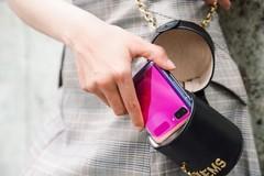 Thời trang kết hợp công nghệ - Xu hướng của thời đại mới