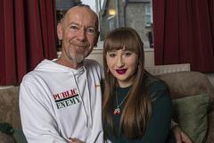 Cặp đôi chênh nhau 29 tuổi tiết lộ bí quyết hòa hợp về mọi mặt