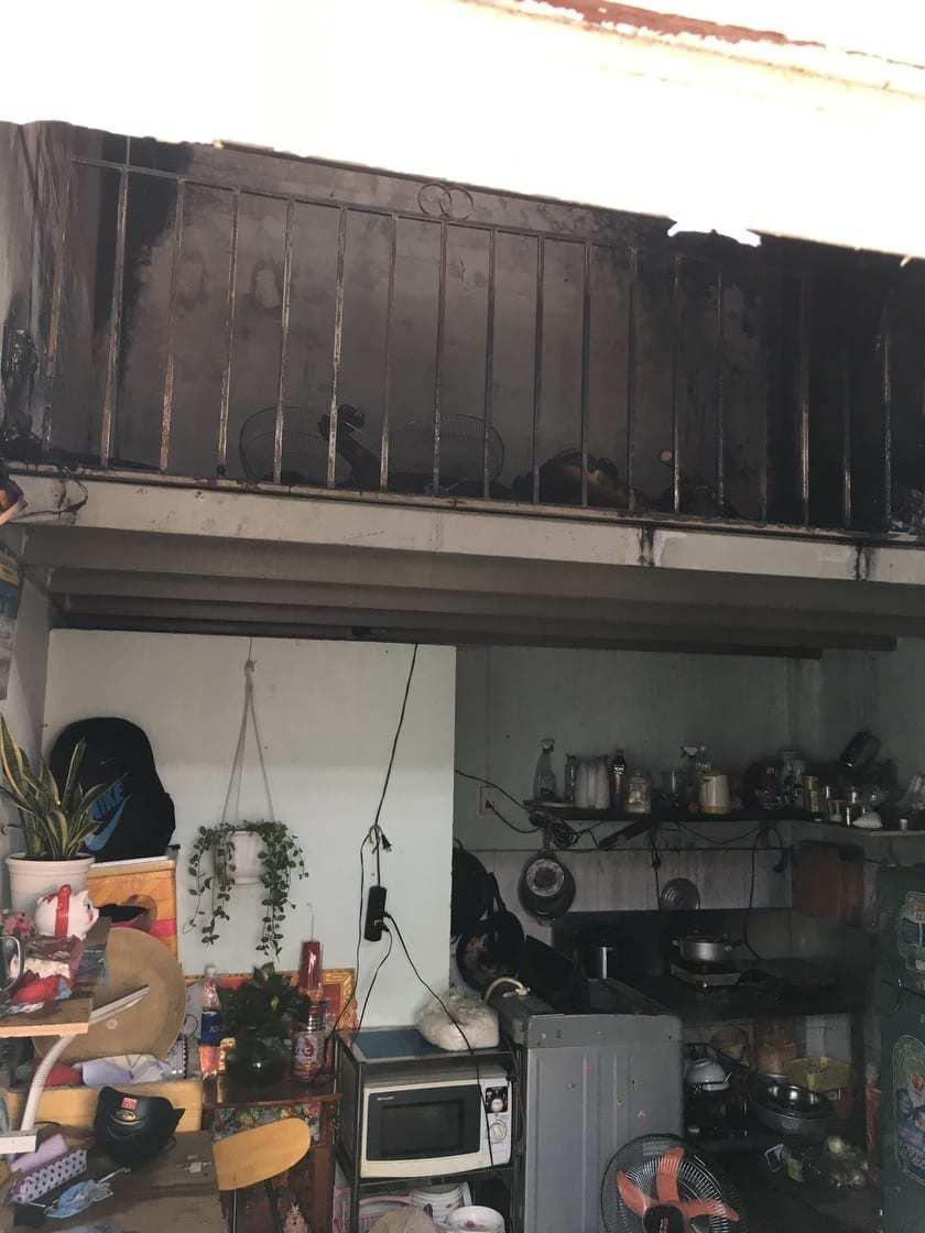 Cháy phòng trọ ở Sài Gòn, cha và con gái chết, mẹ bị bỏng nặng