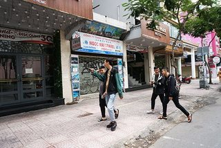 Khách sạn TP.HCM giảm giá 40% vẫn ế phòng
