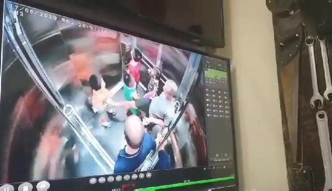 Bé trai 6 tuổi bị người đàn ông dâm ô trong thang máy