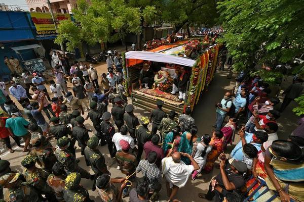 Trung Quốc thả 10 binh sĩ Ấn Độ sau vụ ẩu đả