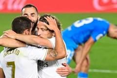 Real Madrid tiếp tục thắng giòn, Zidane nói về cuộc đua với Barca