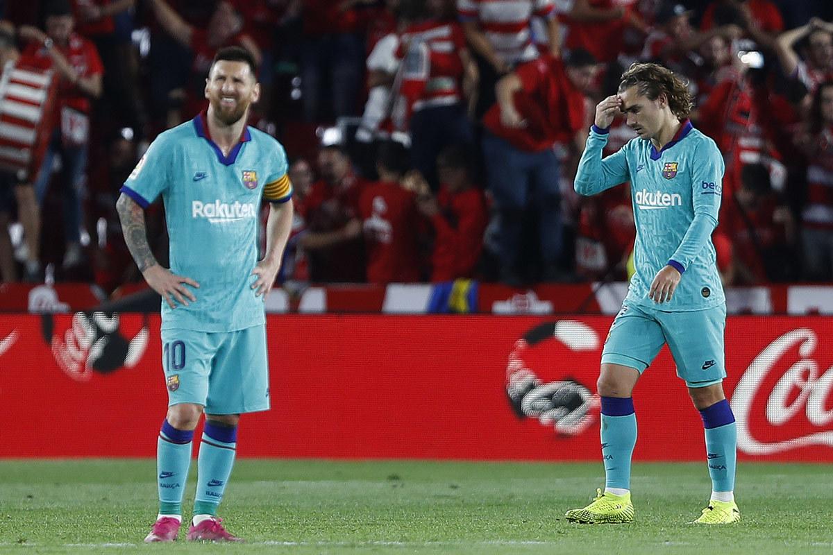 Messi vùi dập Griezmann, MU ra tay giải cứu
