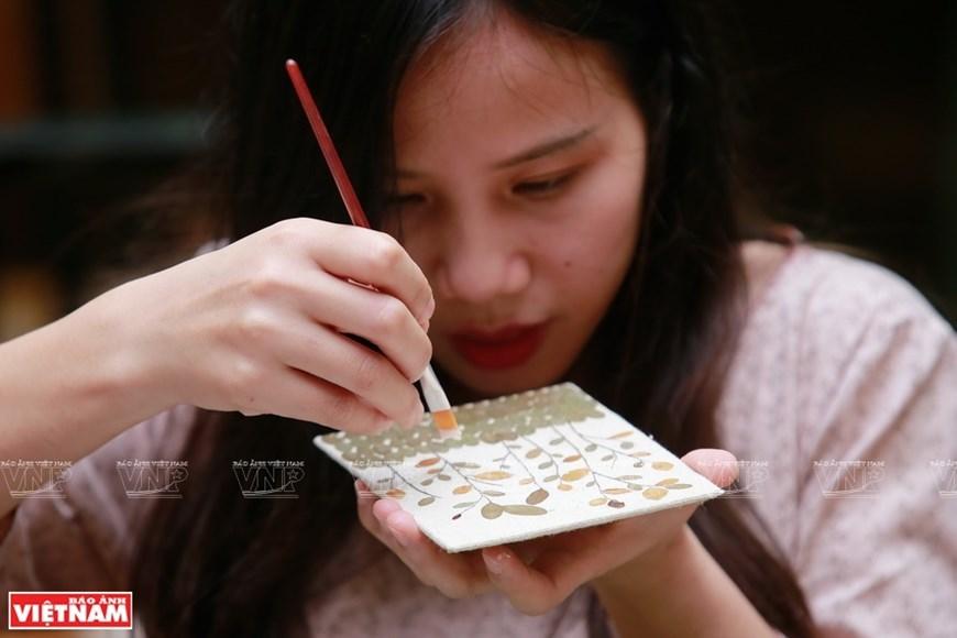 Vietnamese nature pressed in books