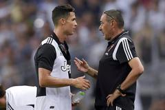 Chiều lòng Ronaldo, Juventus chuẩn bị sa thải HLV Sarri