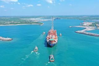 Hé lộ cách Trung Quốc thâu tóm cảng biển chiến lược của Sri Lanka
