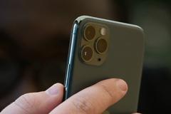Cách kiểm tra ứng dụng có quyền truy cập micrô và camera trên iPhone