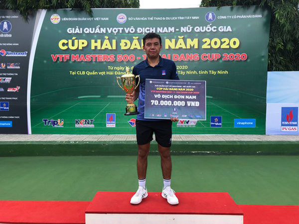 Vietnam's top tennis player triumphs at VTF Masters 500
