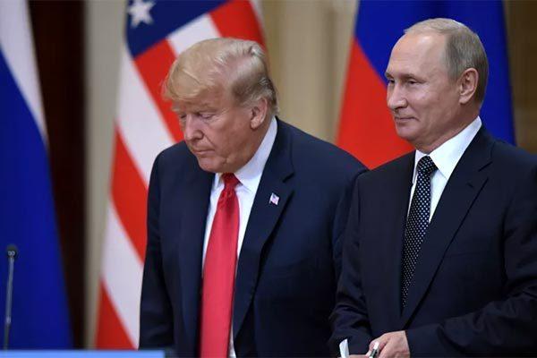 Cựu cố vấn kể lí do sợ để ông Trump một mình gặp Putin