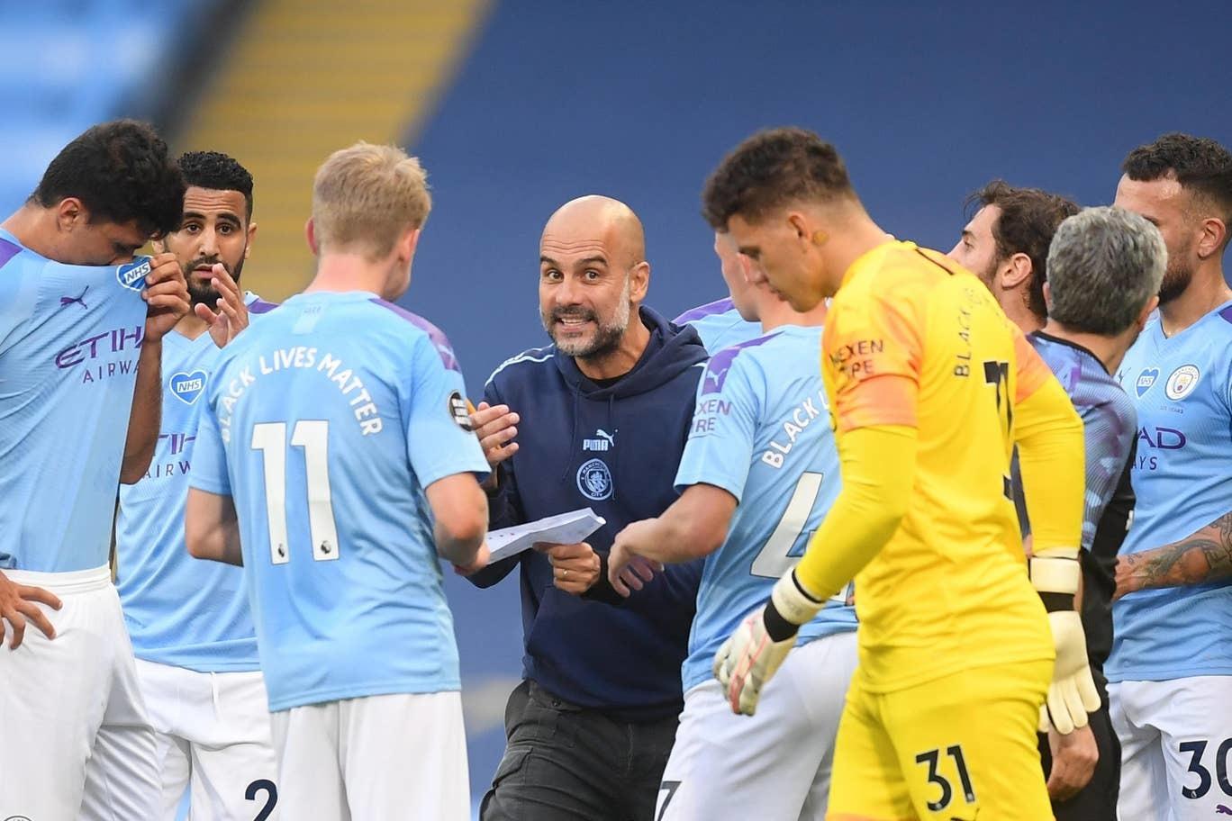 Man City đại thắng '5 sao', Liverpool chưa thể vô địch sớm