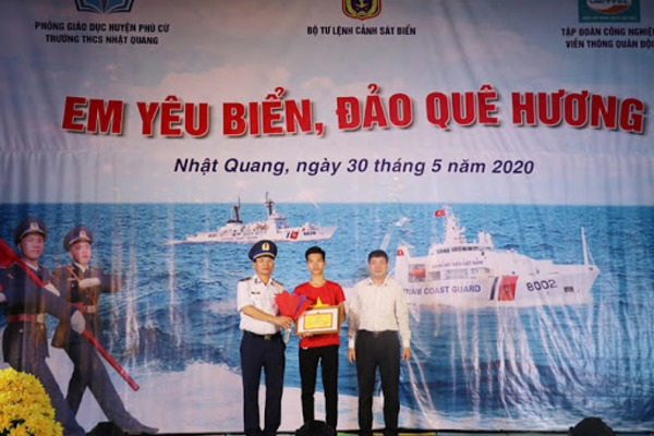 Cảnh sát biển tích cực lan toả tình yêu biển, đảo quê hương