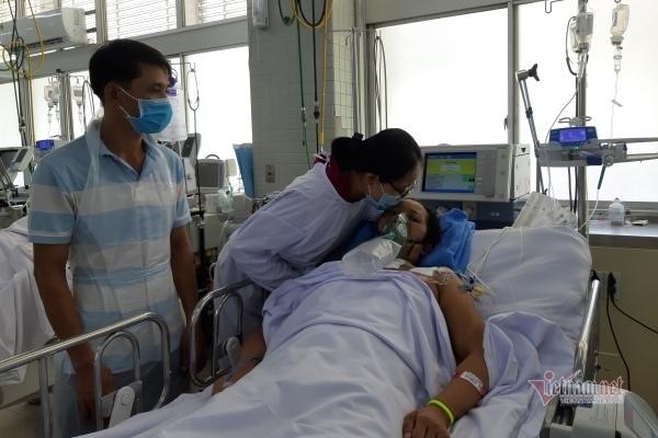 Mẹ của nữ sinh Thanh Hương được bạn đọc ủng hộ 120 triệu đồng