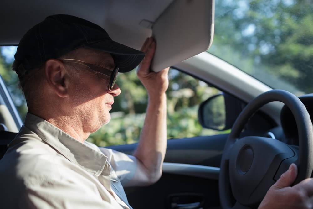 Chói mắt vì nắng khi lái xe, làm gì để khắc phục? – Capital Ford