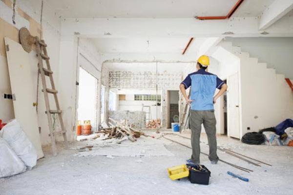 Đang sửa nhà thì xảy ra tranh chấp