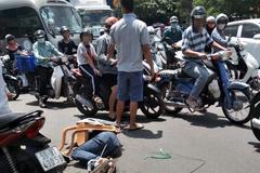 Băng nhóm trộm xe SH, đâm 3 người bị thương trên đường Sài Gòn