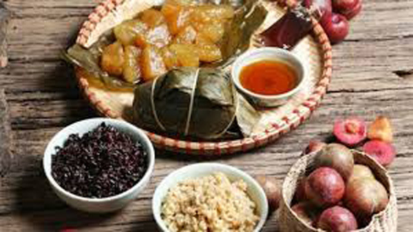 The fifth day of the fifth lunar month,lotus dumplings,sticky rice ash dumplings