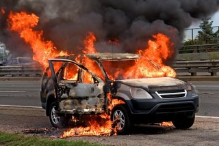 Điểm danh những nguyên nhân gây cháy nổ trên xe ô tô