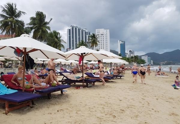 Khánh Hòa đặt mục tiêu đón 3,2 triệu khách du lịch trong năm 2020