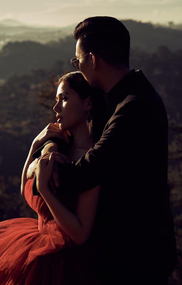 Phanh Lee đăng bộ ảnh cưới đẹp lung linh