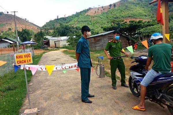 Truy dấu F0 bệnh bạch hầu ở Đắk Nông khiến nghìn người phải cách ly