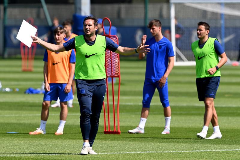 Chelsea vs Man City: Khách bắt nạt chủ