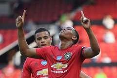 Martial giúp MU 'phá dớp', lần đầu có hat-trick sau 7 năm