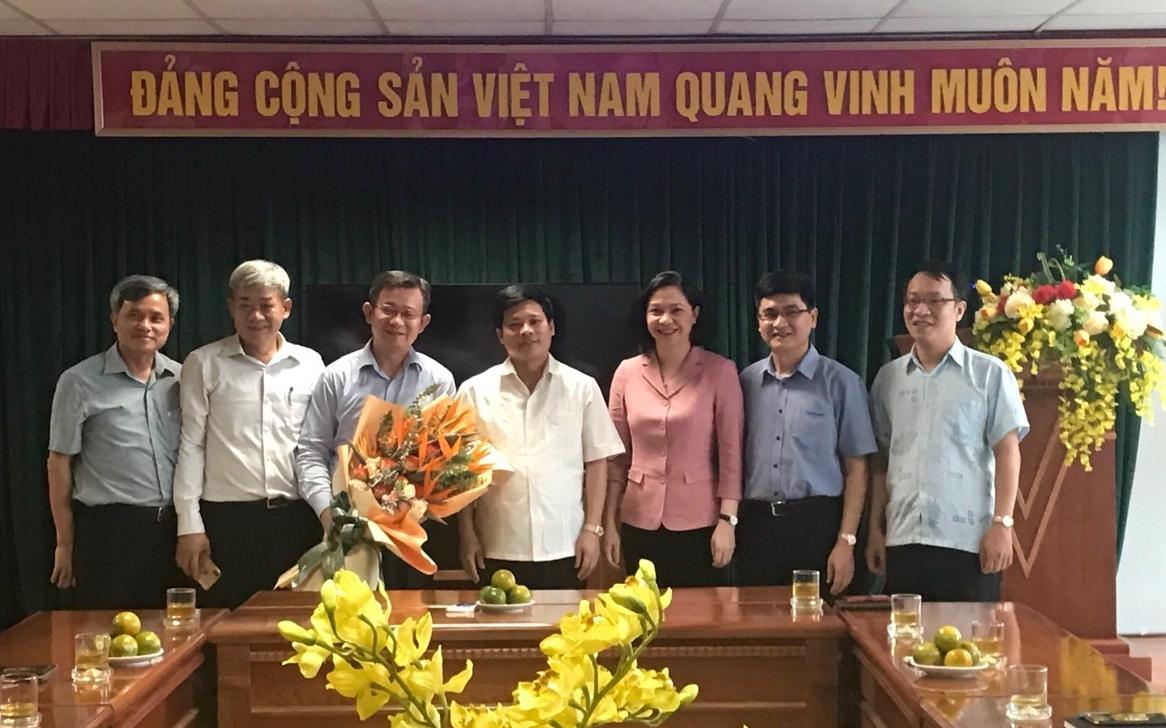 Bổ nhiệm nhân sự Hà Nội, TP.HCM và 5 tỉnh, thành