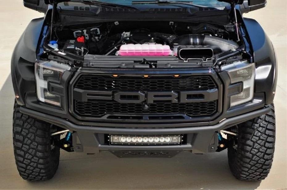 Bán tải Ford F-150 Raptor phiên bản nâng cấp mạnh như siêu xe